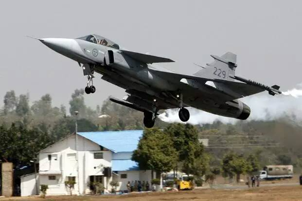 Manohar Parrikar says innovation fund to encourage defence startups-Startagist 15